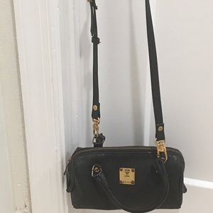 MCM munchen bag small(black)